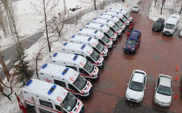 Bitlis'e 11 adet 4x4 ambulans