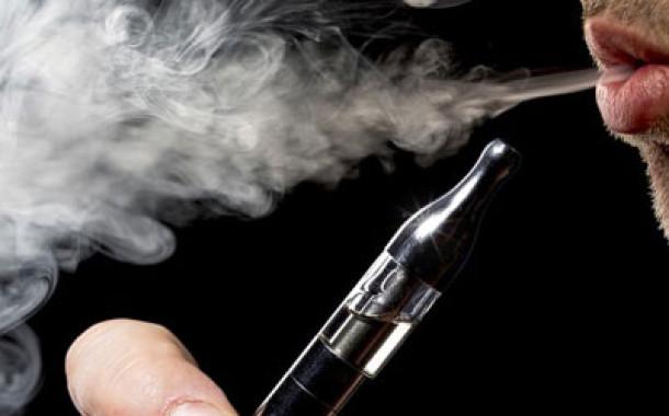 Elektronik sigara içenler bir daha düşünsün!