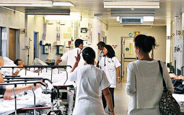 Hastanede hemşireye ırkçı saldırı!