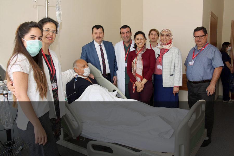 Karı Koca Doçent Çiftten Dördüncü Kadaverik Böbrek Nakli