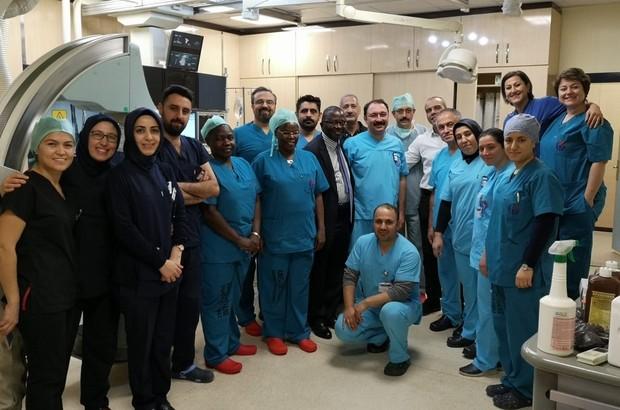 GAÜN Hastanesi'nde yurt dışından gelen hekimlere eğitim