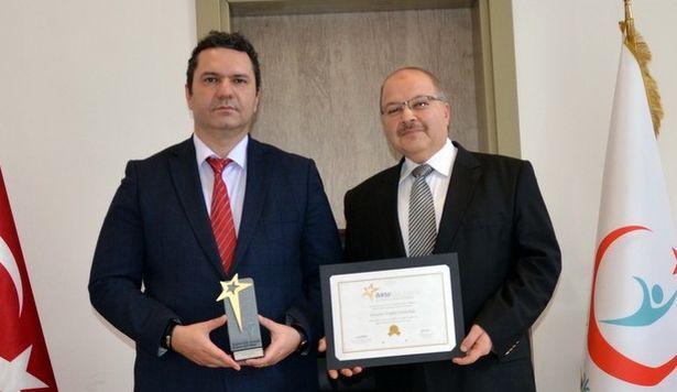 Sağlık Kurumları Yılın Yenilikçi Uygulaması Ödülü İl Sağlık Müdürlüğü'nün