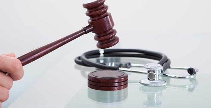 Uzman doktorlar,  sahte rapordan yargılanacak