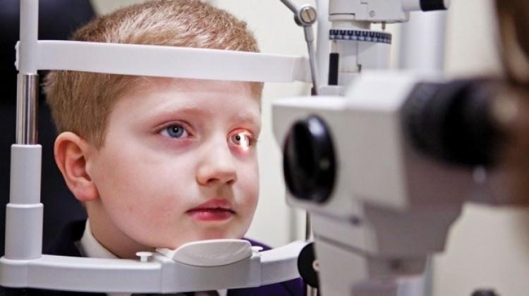 Çocukları Okula Başlamadan Göz Muayenesi Yaptırın