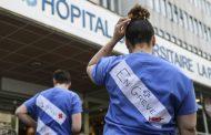 O ülkede sağlık çalışanları greve gitti