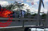 Sağlık çalışanlarını taşıyan araçta yangın çıktı