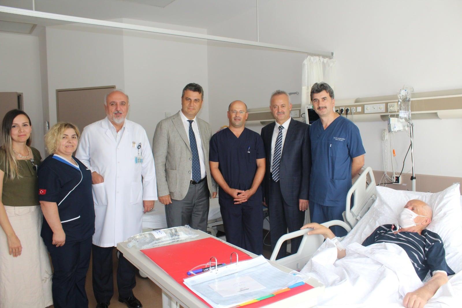 Sakarya Üniversitesi Eğitim ve Araştırma Hastanesinde Kadavradan Böbrek Nakli Yapıldı
