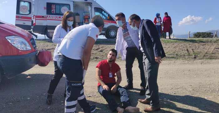 Sağlıkçılar Kaza Yaptı