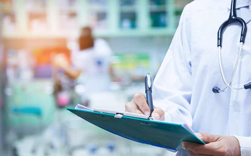 Sağlık çalışanlarına istifa yasağı kaldırılıyor!